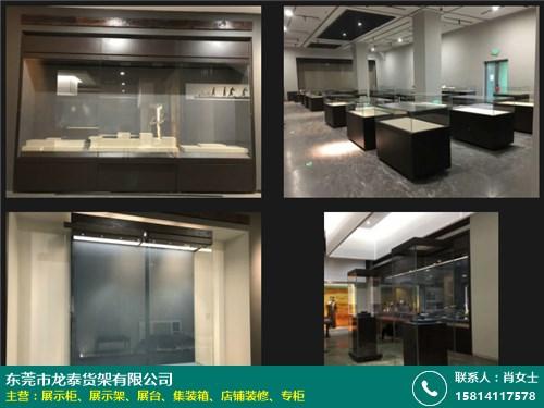 永州博物馆展示柜的图片