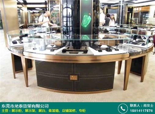 深圳珠宝展示柜制作的图片