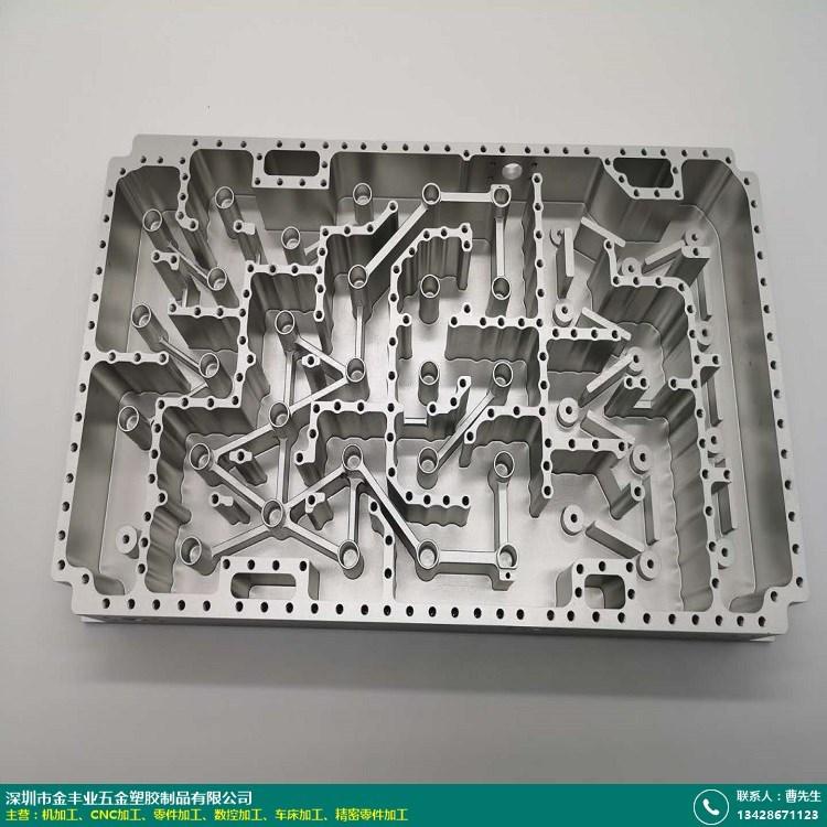 天津高精密零件加工厂的图片